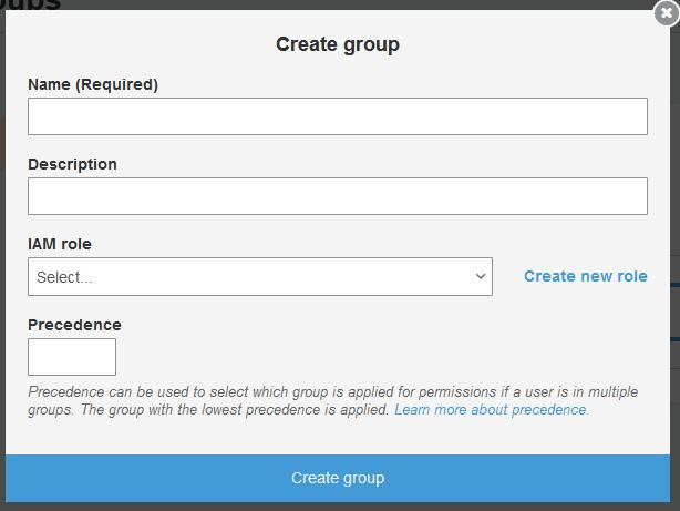 Cree un formulario de grupo en la pestaña Users and groups (Usuarios y grupos)